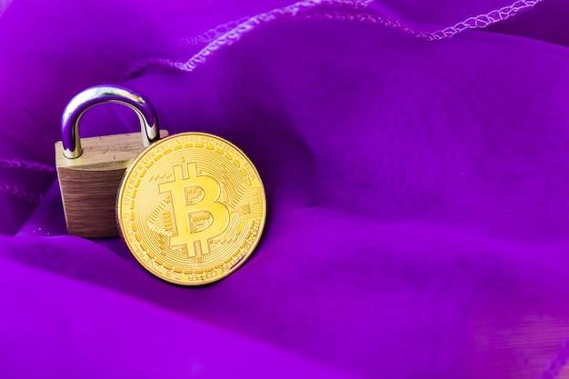 Concepto de internet del negocio de la tecnología de la moneda de la moneda btc del pedazo de cryptocurrency bitcoin digital.