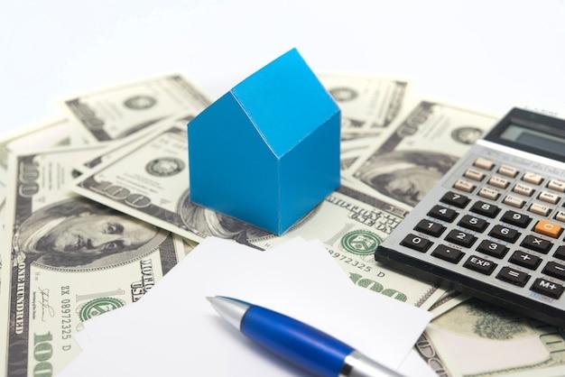 Concepto de inversión en construcción, especulación inmobiliaria.