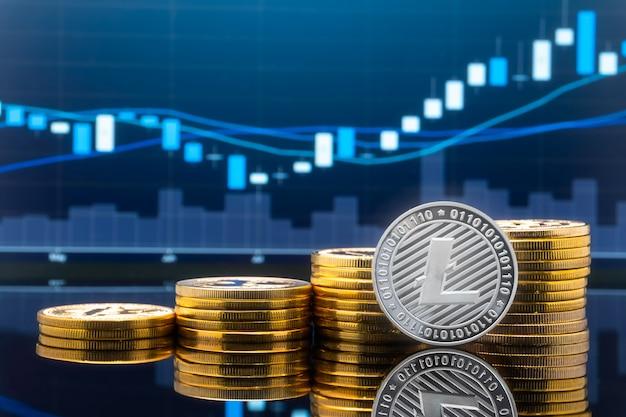 Concepto de inversión en moneda y criptomoneda.