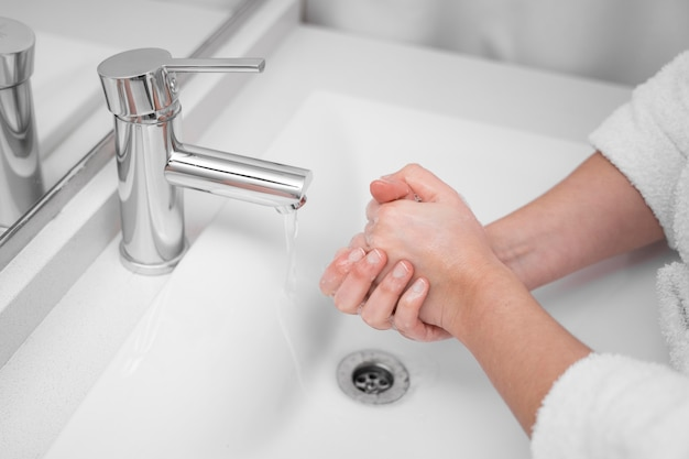 Concepto de lavado de manos de primer plano