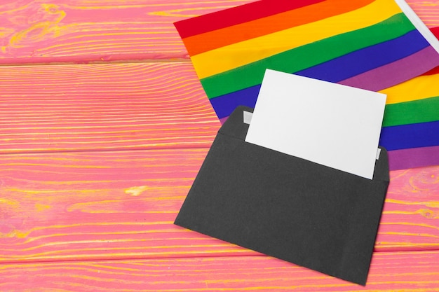 Concepto lgbtq, símbolo gay, mensaje para ti