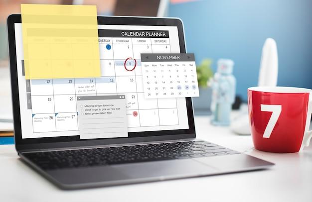 Concepto de lista de verificación de la agenda de tareas del planificador de horarios