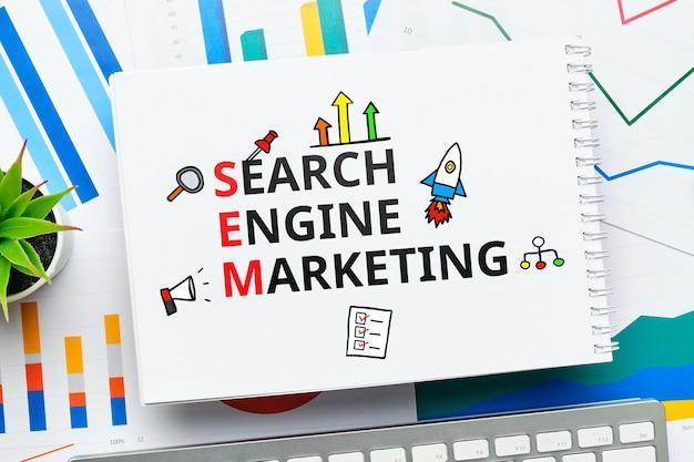 Concepto de marketing en buscadores sem para promover sitios en la búsqueda.