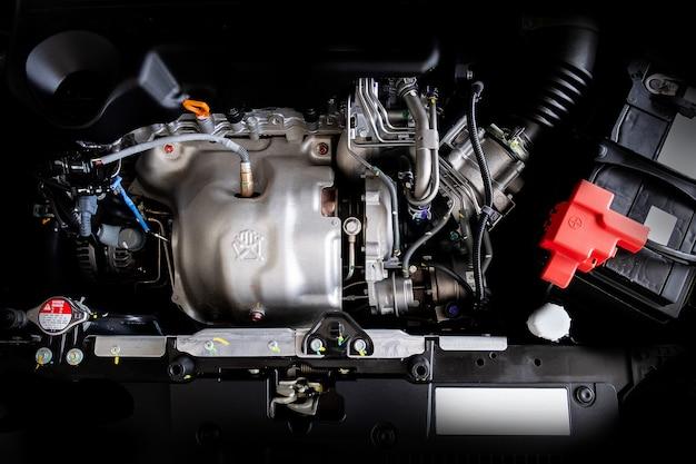 Concepto de motor de motor de automóvil detalle de una nueva pieza de motor de automóvil