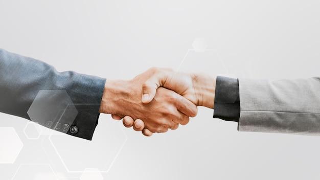 Concepto de negocio corporativo de tecnología de apretón de manos empresarial