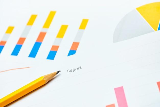 Concepto de negocio del informe de rendimiento financiero de la empresa.