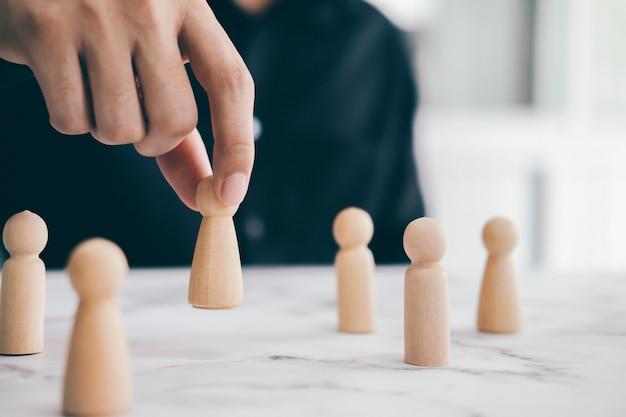 Concepto de negocio de líder de equipo exitoso y recursos humanos