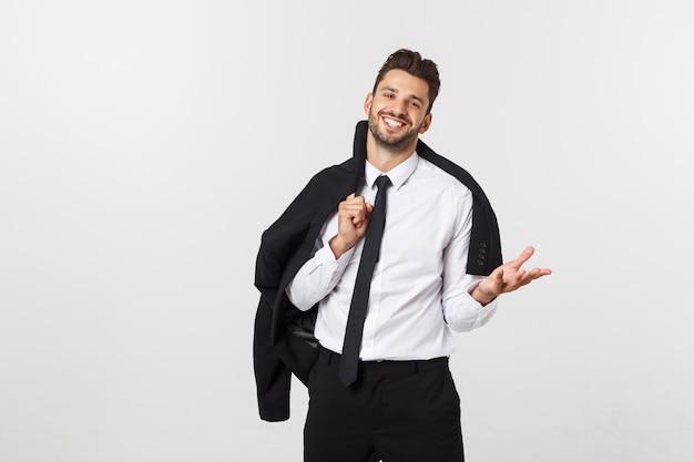 Concepto de negocio y oficina - hombre de negocios inteligente guapo