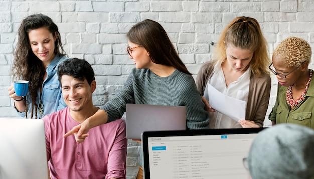 Concepto de ocupación profesional de trabajo en equipo juntos