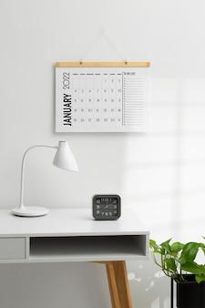Concepto de organización del tiempo con escritorio
