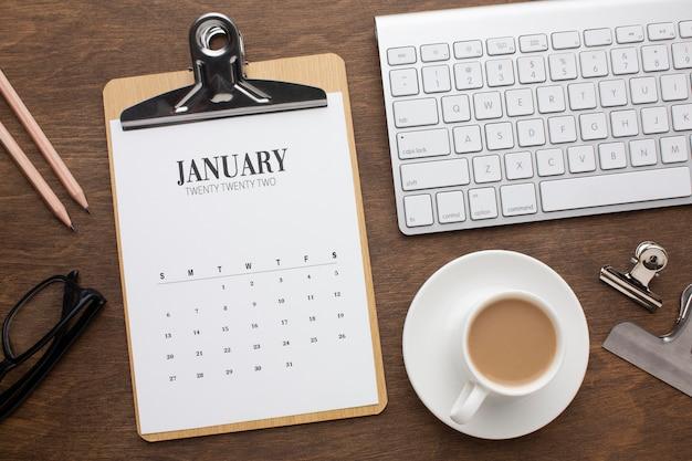 Concepto de organización del tiempo con vista superior del calendario