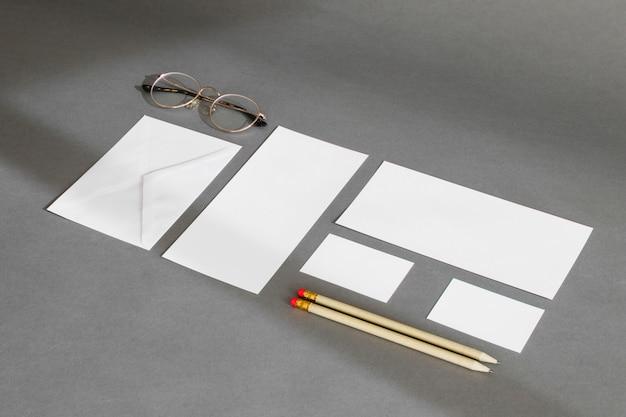 Concepto de papelería corporativo