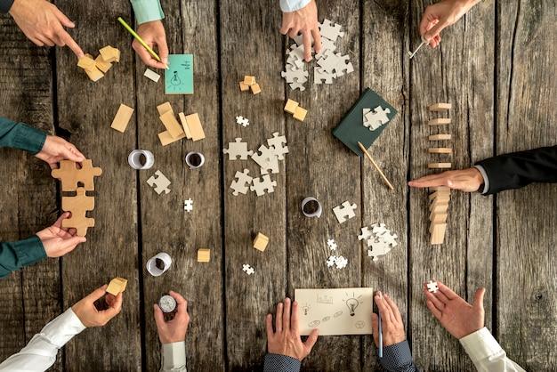 Concepto de planificación empresarial y lluvia de ideas