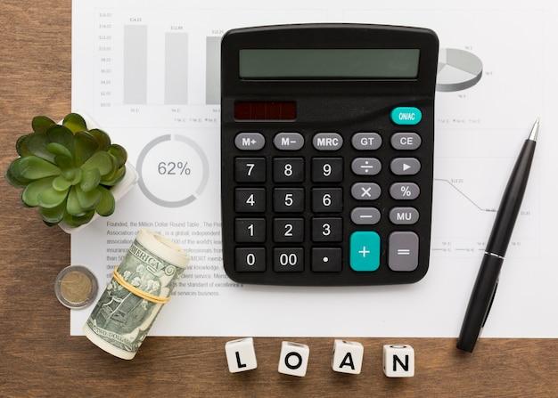 Concepto de préstamo e impuestos plano lay