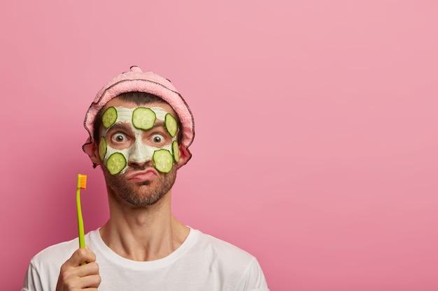 Concepto de procedimiento de tratamiento facial y cuidado de los dientes