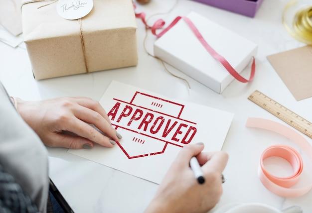Concepto de producto garantizado de calidad auténtica aprobada