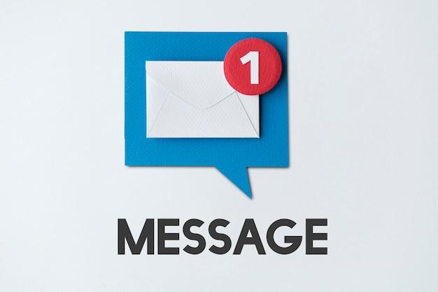 Concepto de recordatorio emergente de alerta de correo electrónico