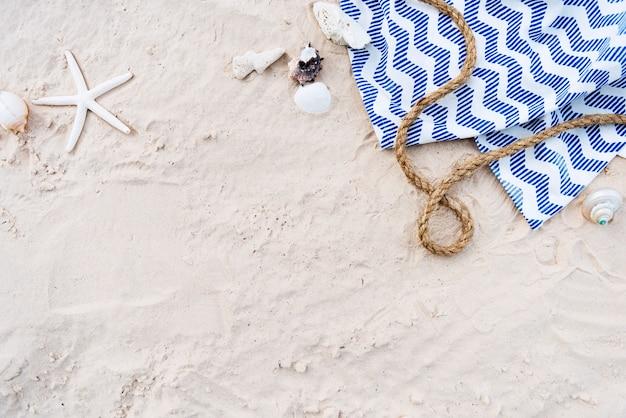 Concepto de relajación de arena de vacaciones de vacaciones de verano de playa
