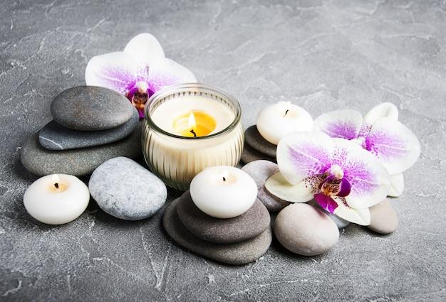 Concepto de spa con flores de orquídea