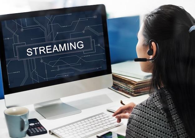 Concepto de tecnología de internet en línea de transmisión
