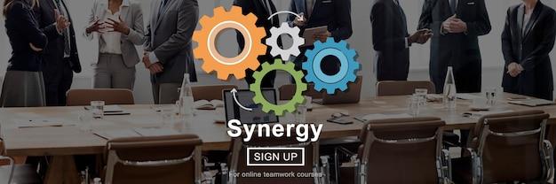 Concepto de trabajo en equipo de cooperación de colaboración de sinergia