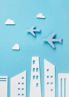 Concepto de transporte de la ciudad con avión.