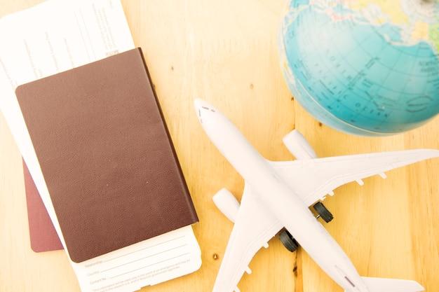 Concepto de transporte de viaje con avión.