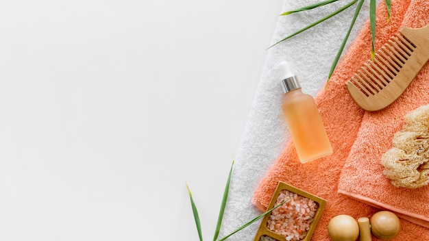 Concepto de tratamiento de spa de aceite de naranja
