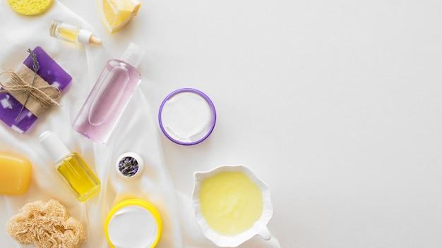 Concepto de tratamiento de spa de lavanda y cítricos