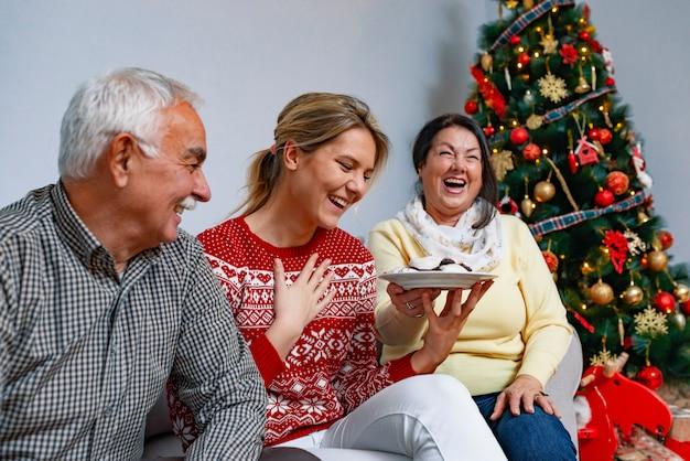Concepto de valores familiares y ambiente festivo.