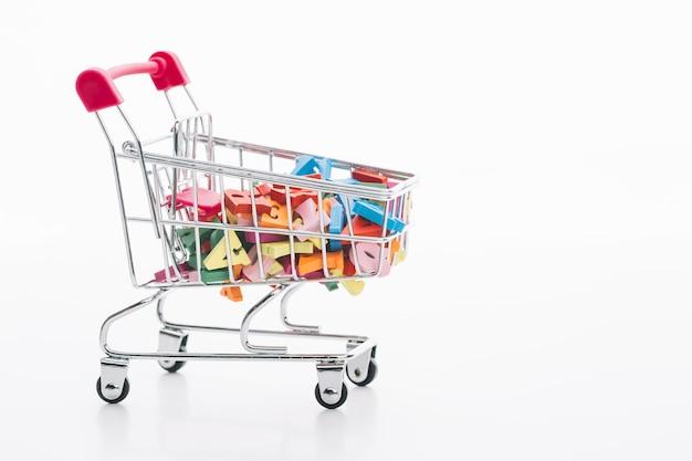 Concepto de venta de carrito de compras de viernes negro