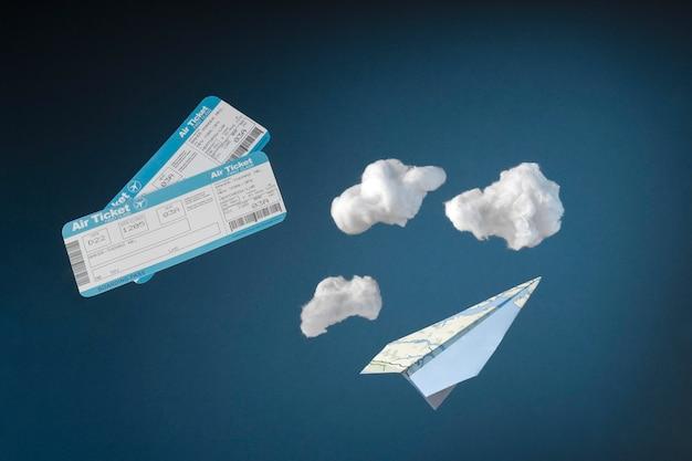 Concepto de viaje con billetes de avión.