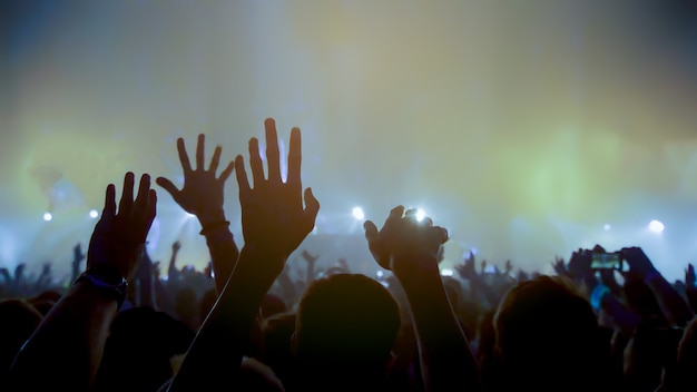 Concierto festival de música y concierto de celebración club nocturno borroso festival de música de concierto en el escenario