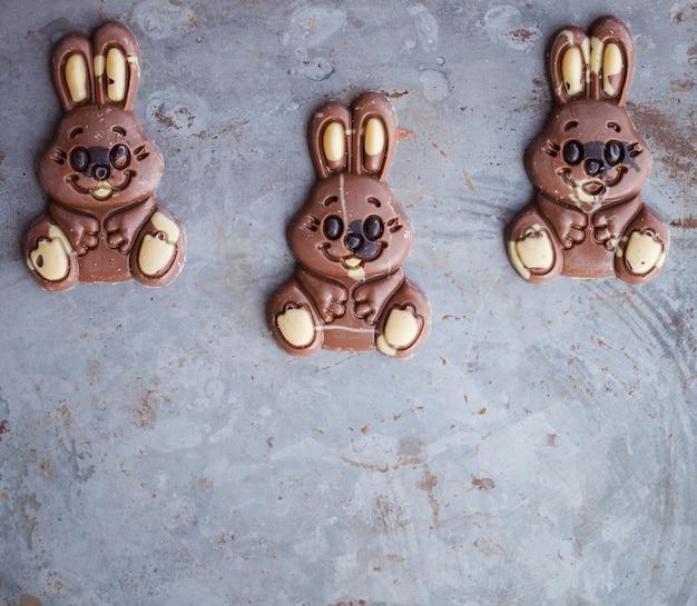 Conejitos de chocolate para la pascua.