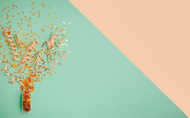 Confeti, regalos y lazos,