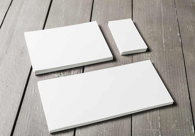 Conjunto en blanco de papelería