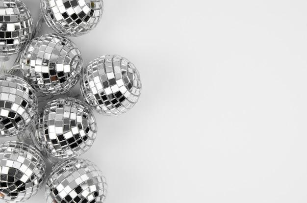 Conjunto de bolas de discoteca con espacio de copia