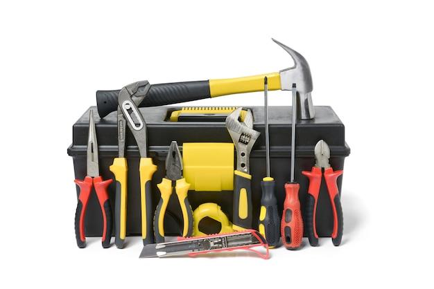Conjunto de herramientas aisladas sobre fondo blanco