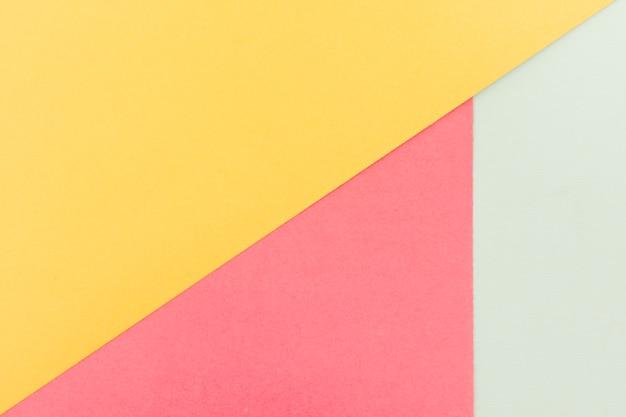Conjunto de hojas de papel pastel