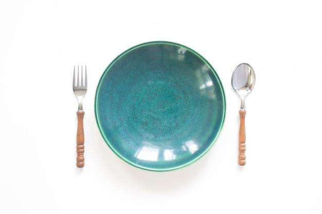 Conjunto de maqueta, placa y mesa de menú aislado sobre fondo blanco