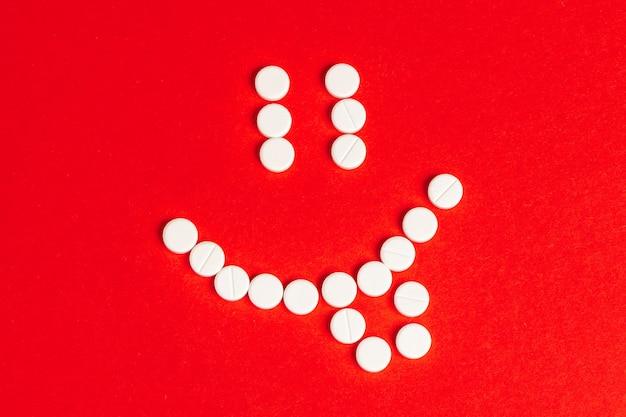 Conjunto médico de tabletas. pastillas
