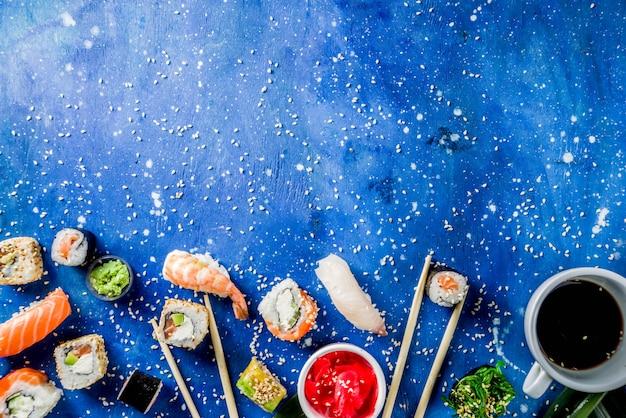 Conjunto mixto de sushi diferente
