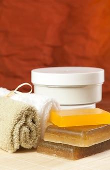 Conjunto de objetos para tratamientos de spa