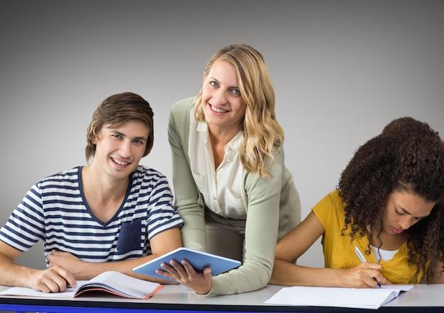 Conocimiento académico color de la escuela escalonamiento