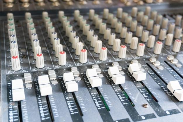 Consola de mezcla de audio