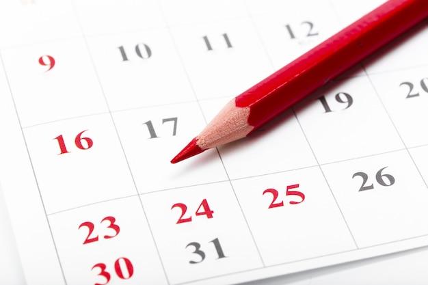 Consulte las fechas en un concepto de calendario comercial