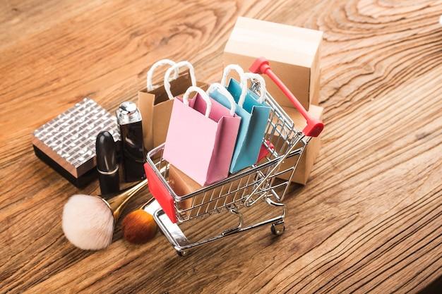 Los consumidores utilizan el concepto de compras por internet
