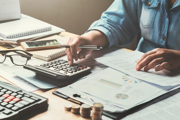 Contabilidad empresarial en concepto de oficina