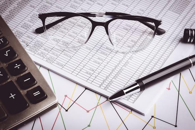 Contabilidad empresarial, documentos comerciales.