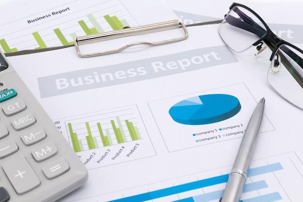 Contabilidad financiera, informe comercial